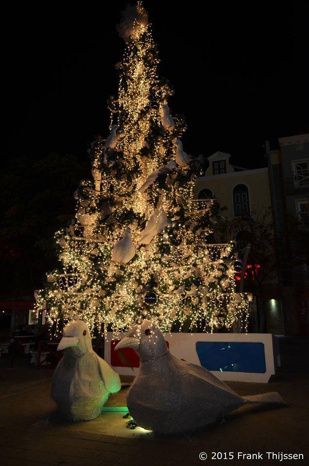 Kerst op Curacao  Brionplein 2015