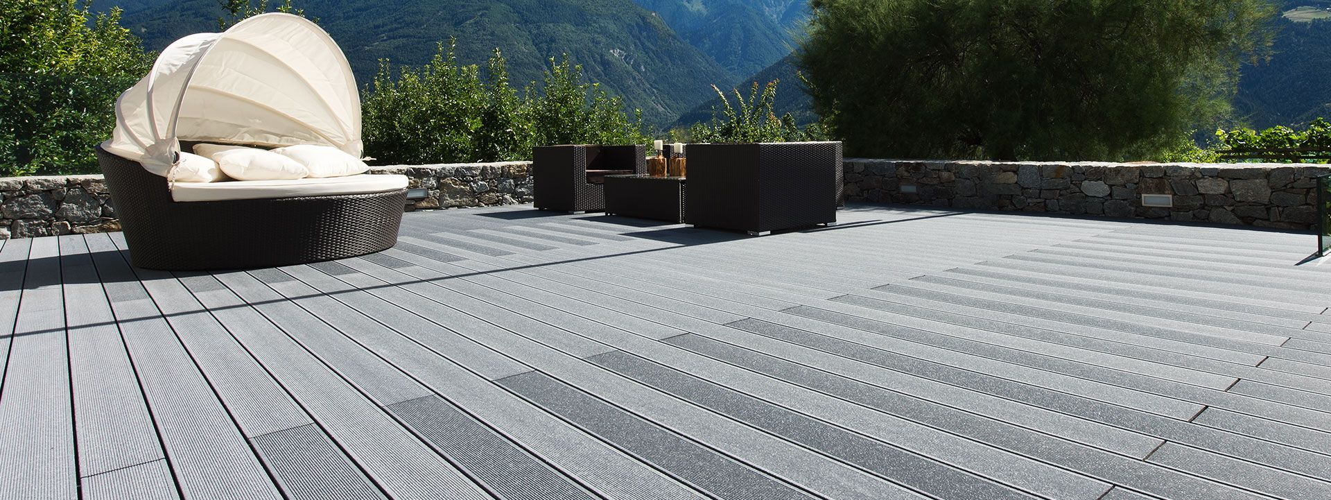 High Quality Plastic Patio Deck Materials