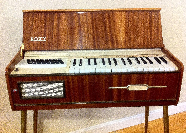 Roxy Electric Organ Keyboard Vintage Instrument 400 00 Via Etsy Vintage Keys Instruments Vintage