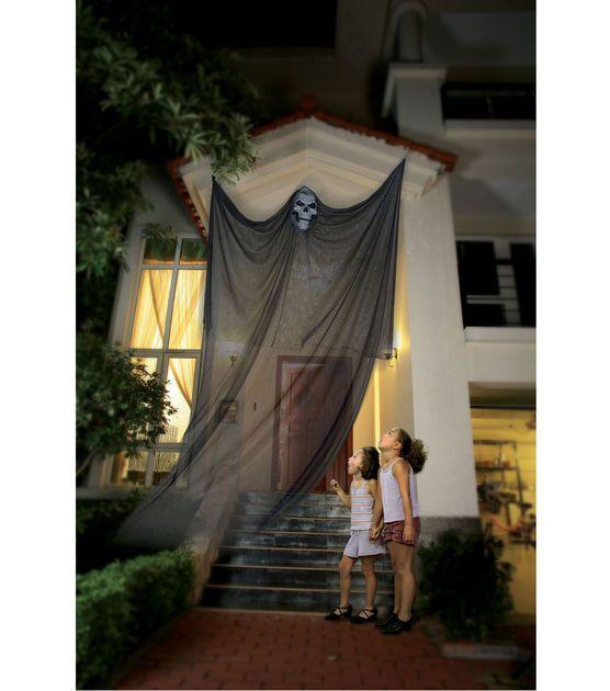 Spooky Hanging Ghost Skull Halloween Decorating Pinterest - pinterest halloween yard decor