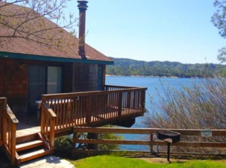 Lake Nacimiento Resort Located In Bradley California This Cozy Boasts A100 Slip