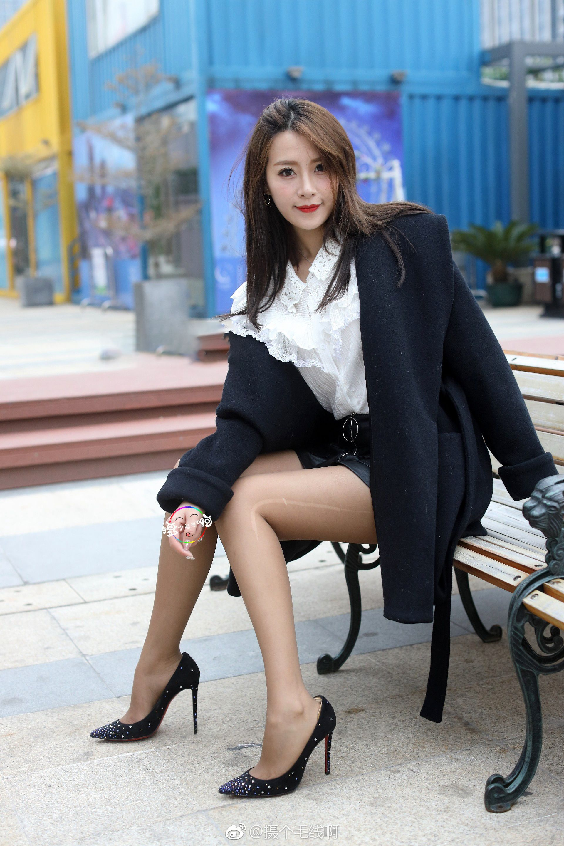 Nice Korean girl in pantyhose - More pictures here: http