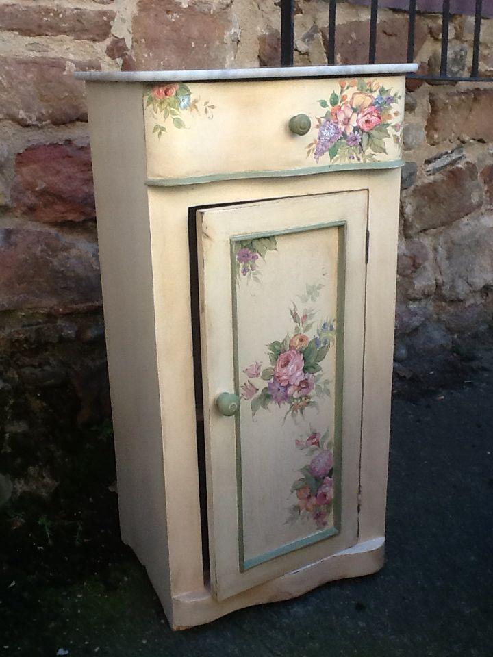 Con decoupage reciclado muebles pinterest decoupage - Muebles pintados a mano fotos ...