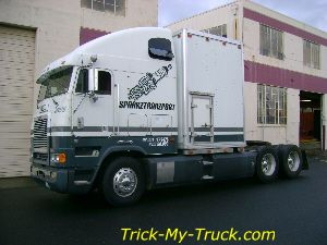 Tricked Out Semi Trucks | Freightliner Trucks Gallery-Trick
