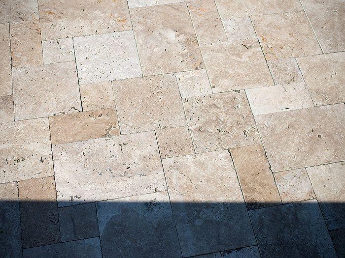 Dalle Medium, en travertin \u2013 stonenaturelle Le choix de l\u0027élégance - Nettoyage Terrasse Carrelage Exterieur