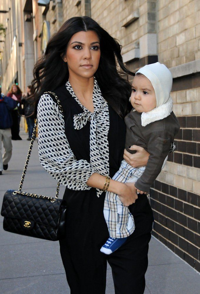 7a5306e5d989 Kourtney Kardashian Quilted Leather Bag in 2019 | Things to Wear ...