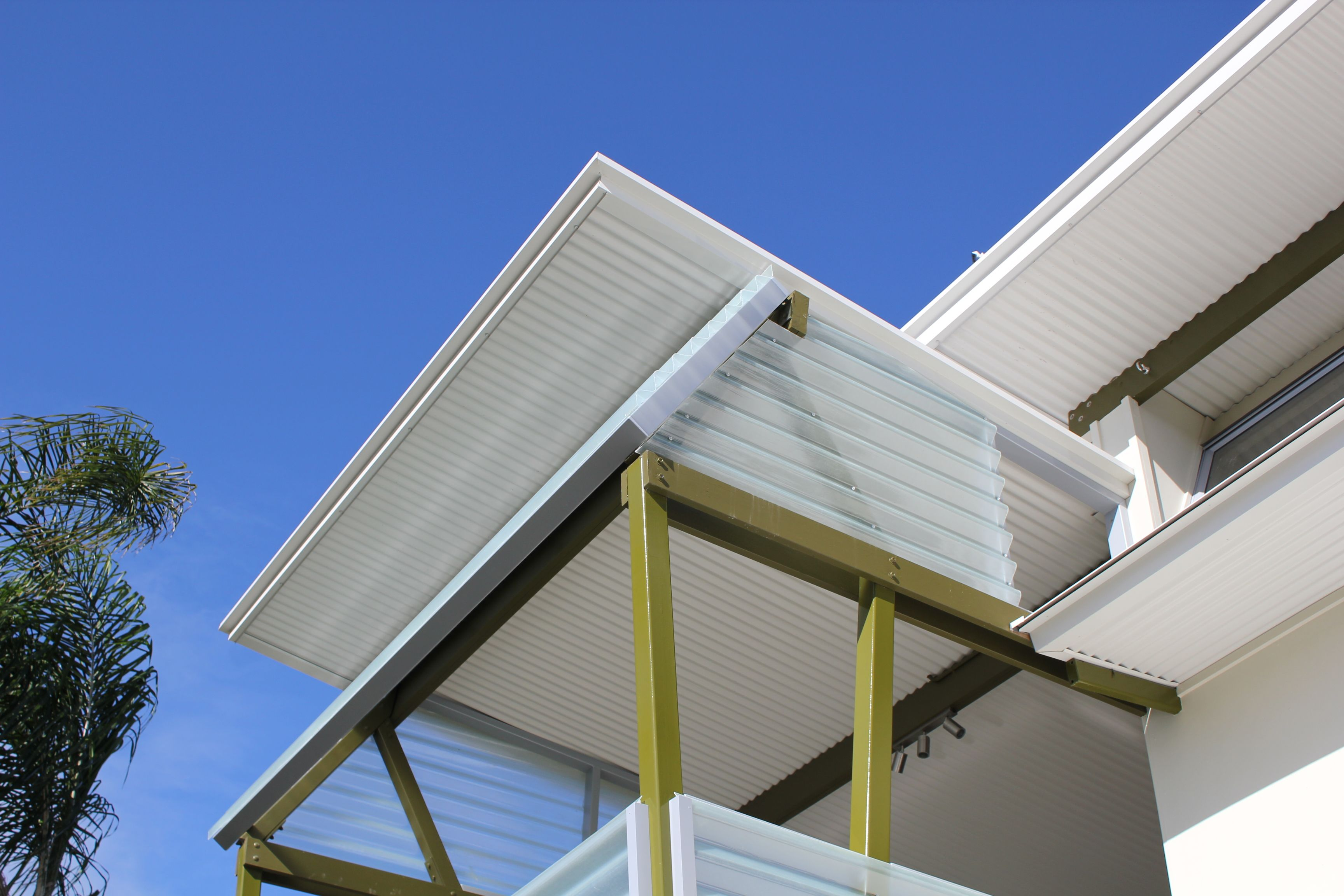 The Insulated Ritek Roof Panels Provide Year Round Comfort And Protection.