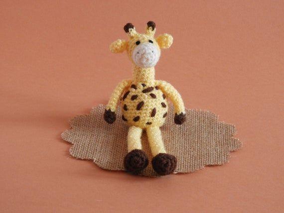 Crochet Giraffe Pattern - Jeff #giraffepattern Crochet Giraffe Pattern - Jeff #giraffepattern