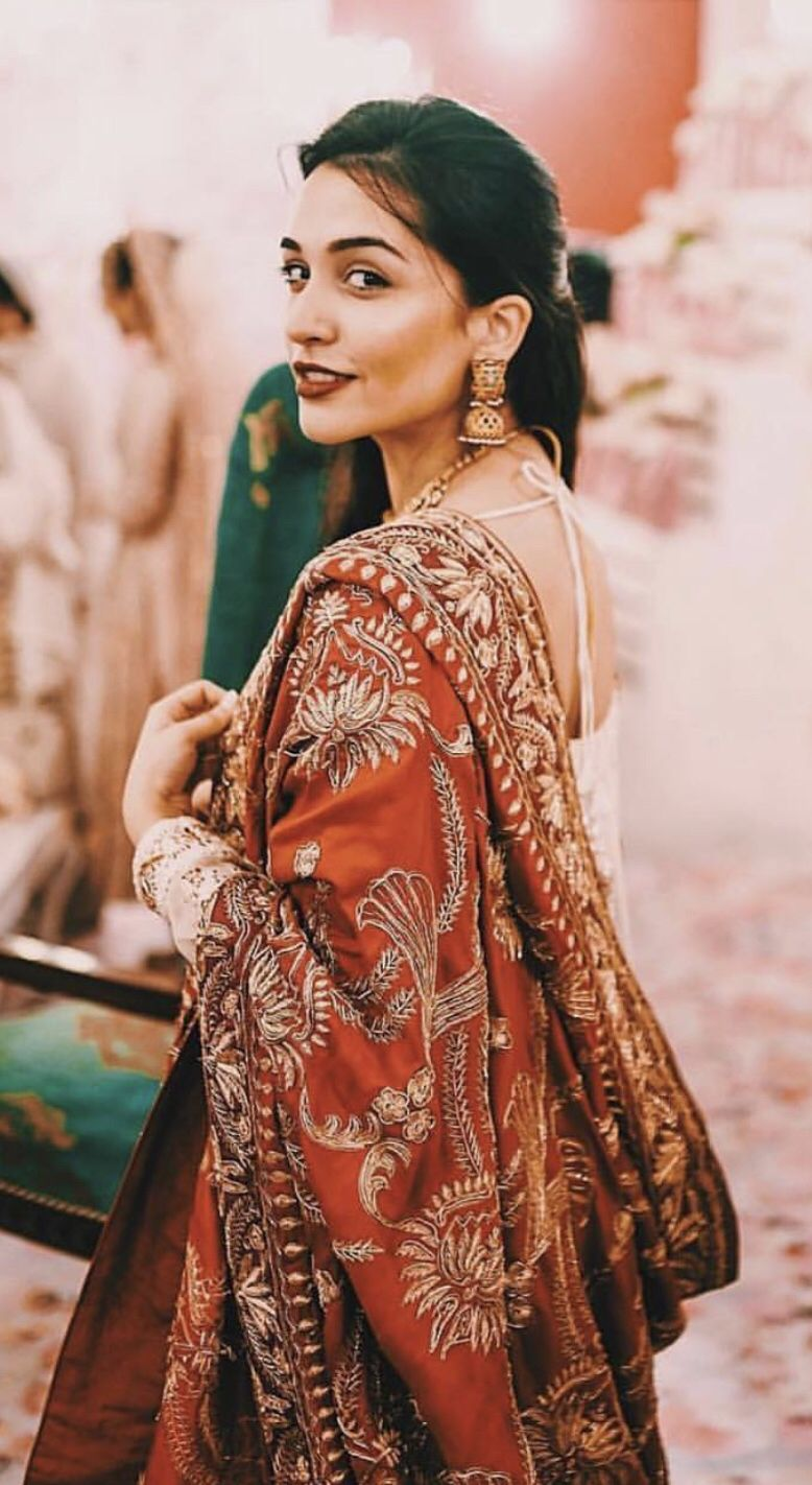 Nusratzahan Indian Wedding Guest Dress Traditional Indian Outfits Indian Fashion Trends [ 1422 x 778 Pixel ]