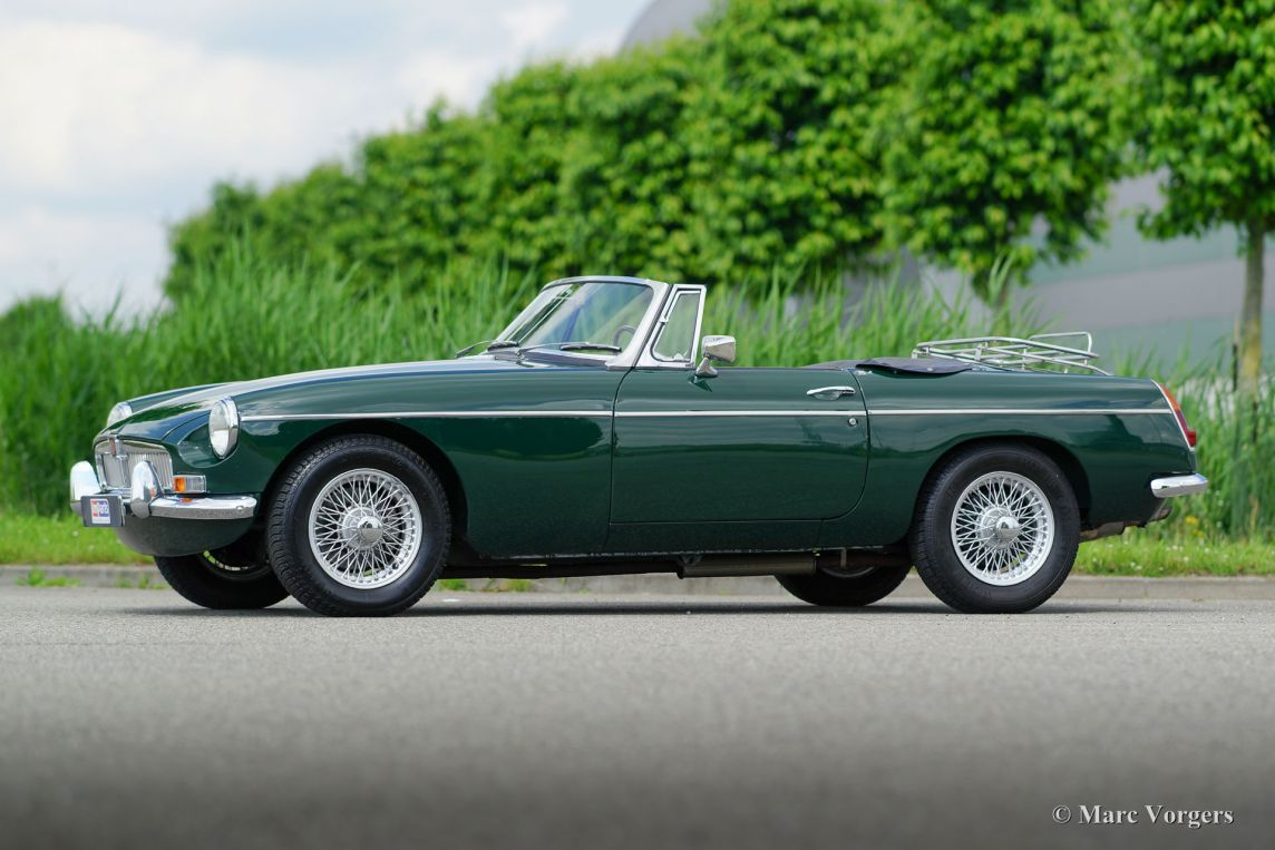 Mg Mgb Roadster 1967 Welcome To Classicargarage British Sports Cars Roadsters Mg Mgb