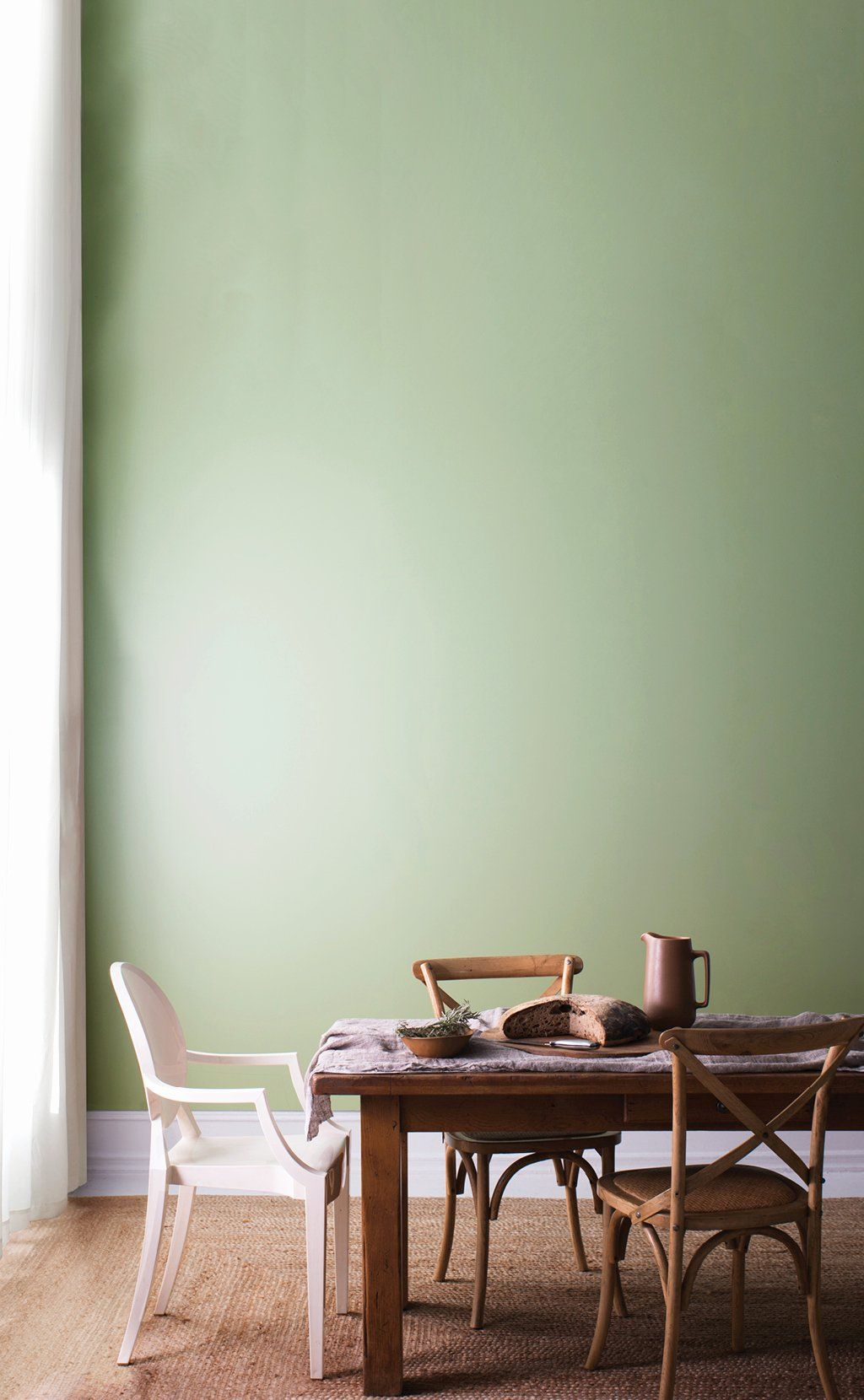 Easy Living Paint Color Chart Beautiful Benjamin Moore Paints Exterior Stains In 2020 Green Walls Living Room Green Room Colors Dining Room Colors #paint #living #room #pictures