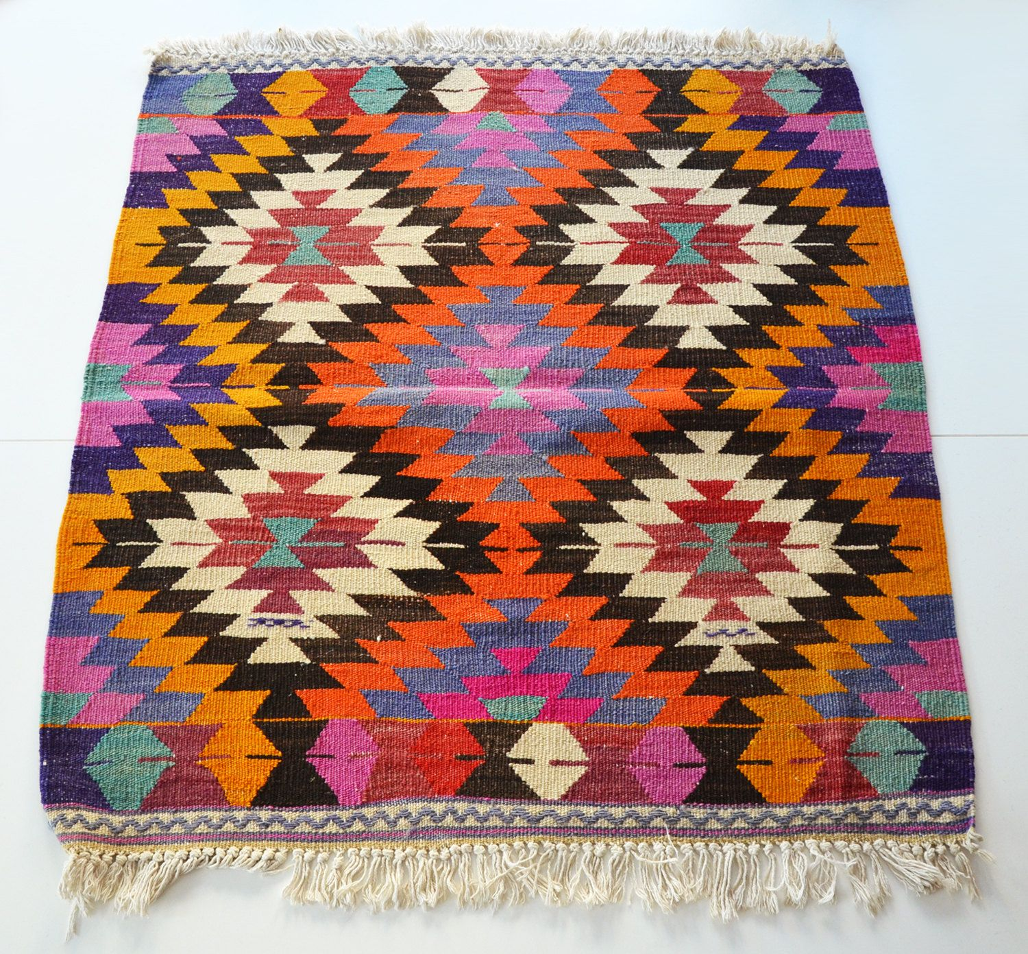 Alfombra kilim tapetes etnicos pinterest alfombras for Tapetes orientales