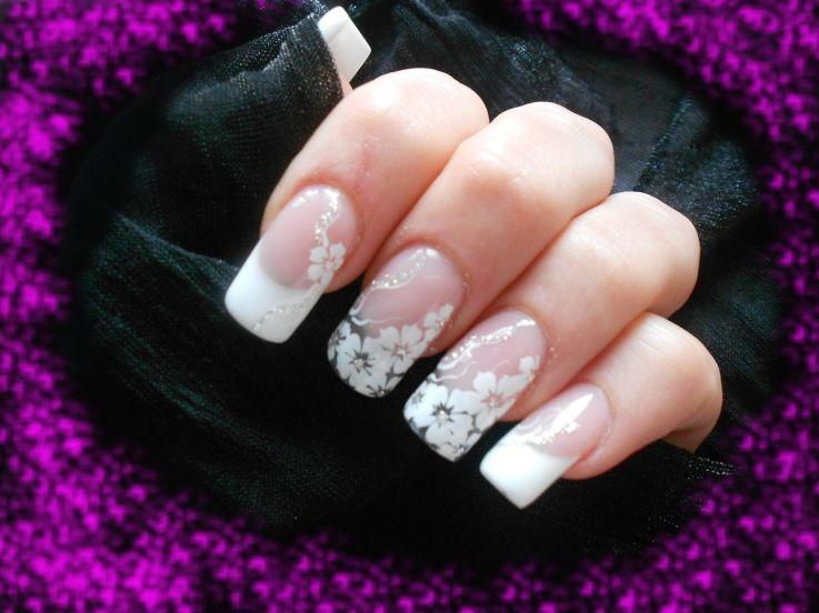 White French floral/flower Nail Art ♡ | Nail Art | Pinterest ...