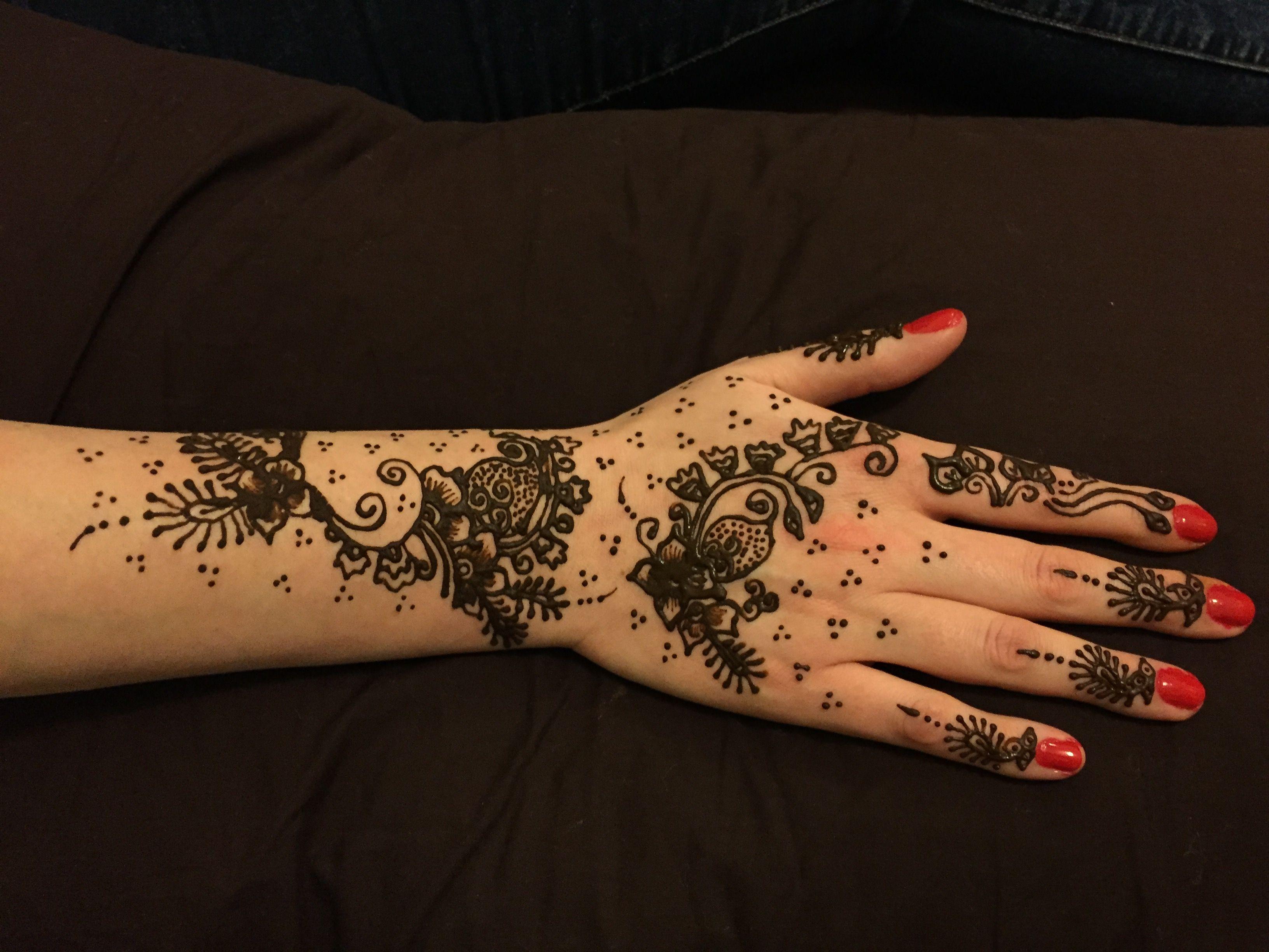 Mehndi Lace Tattoo : Pin by felicia mickey on tattoo ideas hennas
