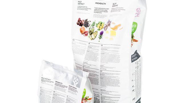 Dingo Natura Creative Packaging Design Packaging Design Inspiration Packaging Design