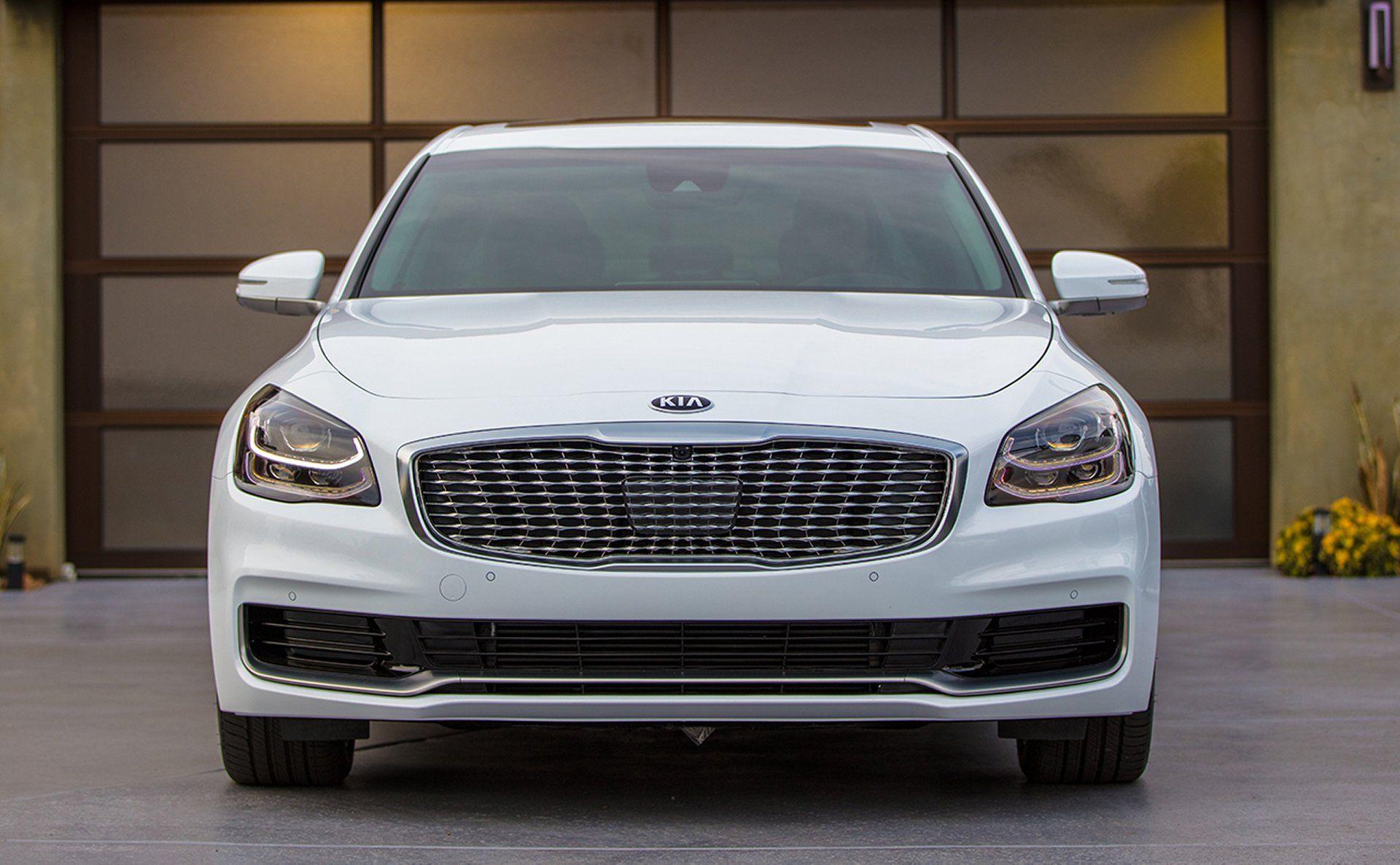 2019 kia k900 new look with images kia luxury sedan