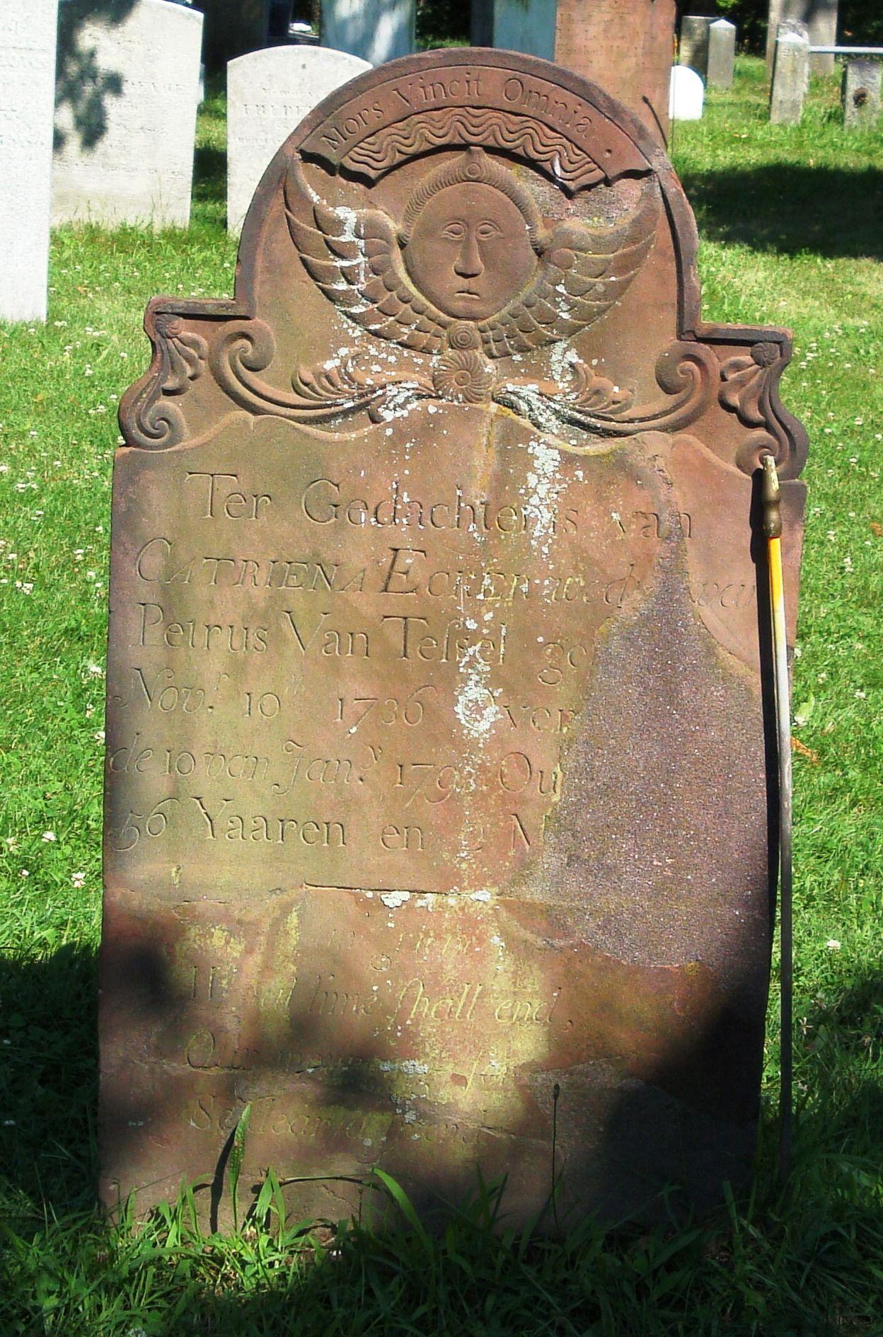 Grave of Catriena Ecker Van Tessel