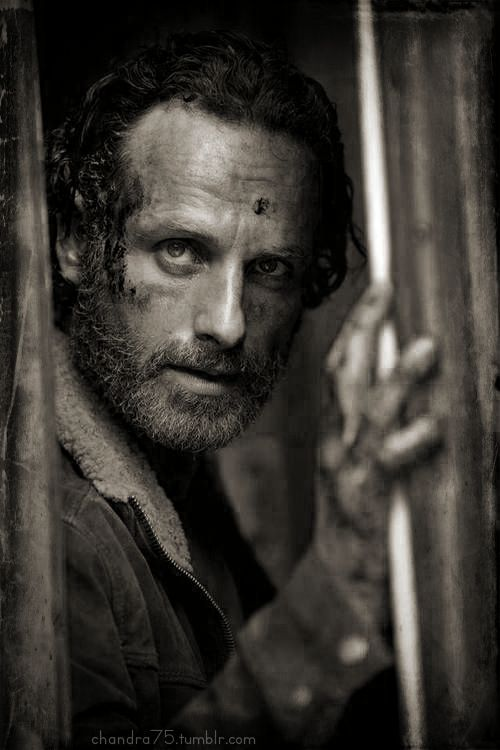 The Walking Dead Season 5 first promotional pic! ! :-D