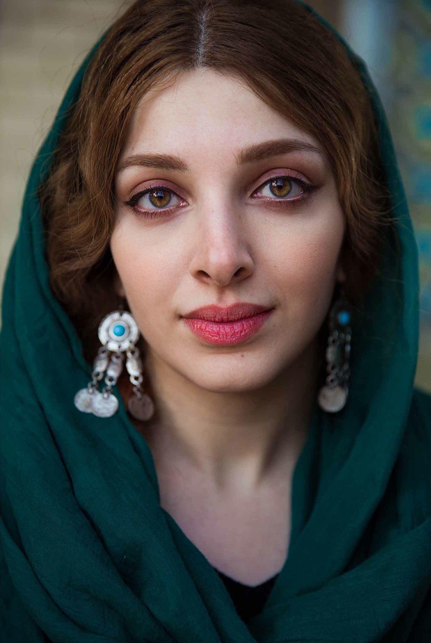 beautiful iranian women images