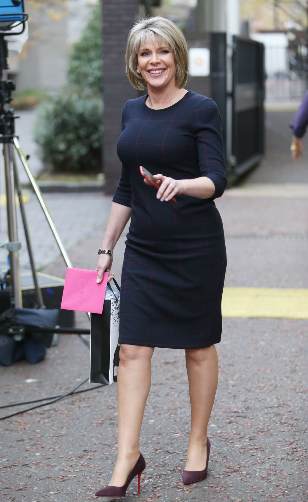 Ruth Langsford stuns in gorgeous summer dress from Catherine Middleton's favourite designer recommendations