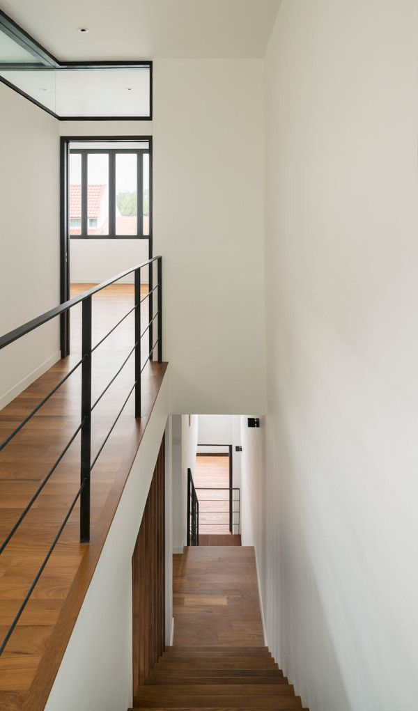 An Old Dark House Is Transformed In Singapore Architecture Simple A Frame Remodel Minimalist Interior