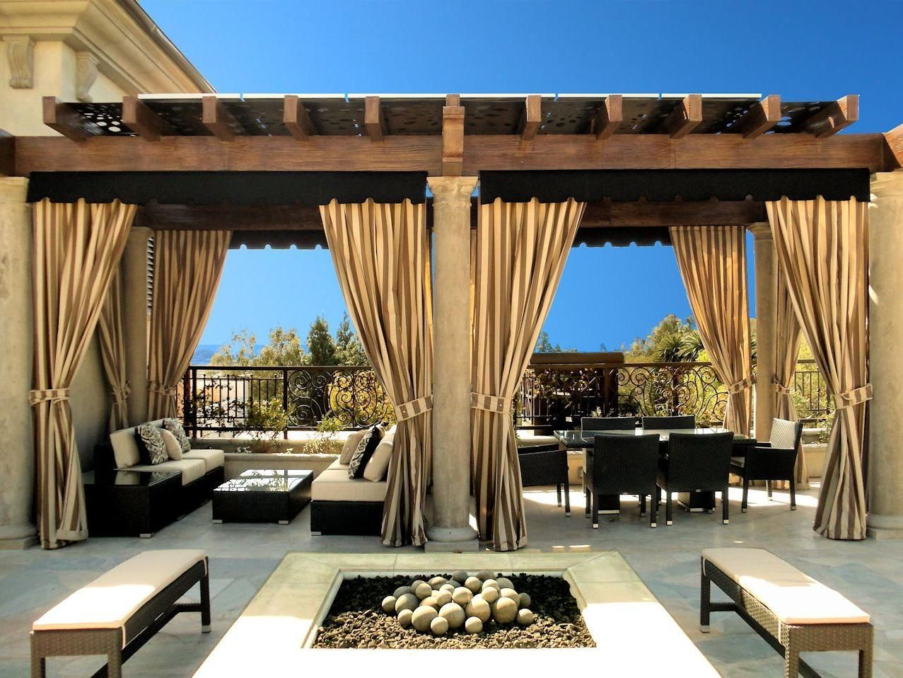 Captivating Italian Outdoor Patio With Elegant Outdoor Curtains