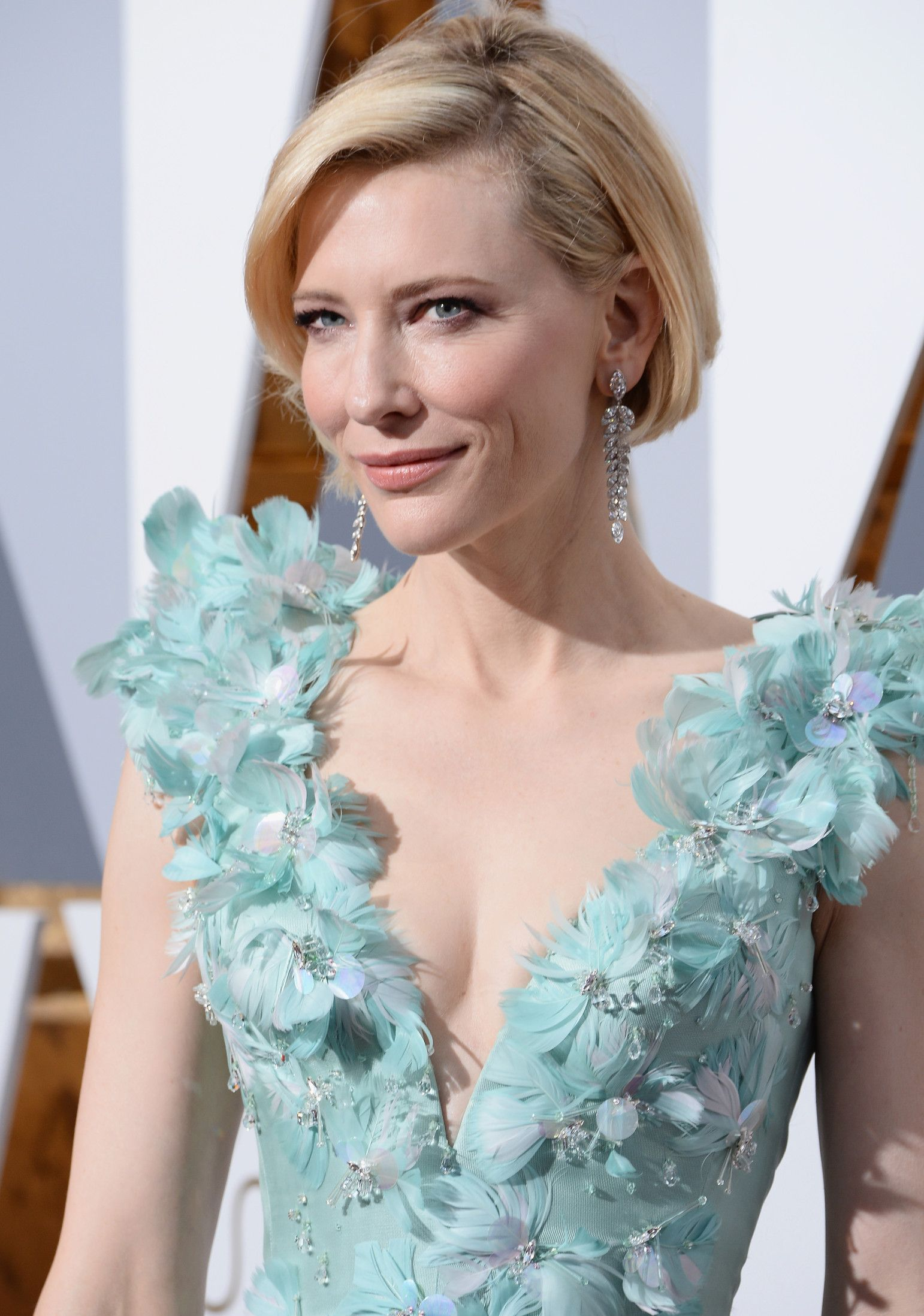 Oscars 2016 the best jewelry on the red carpet haar for Jewelry at the oscars 2016