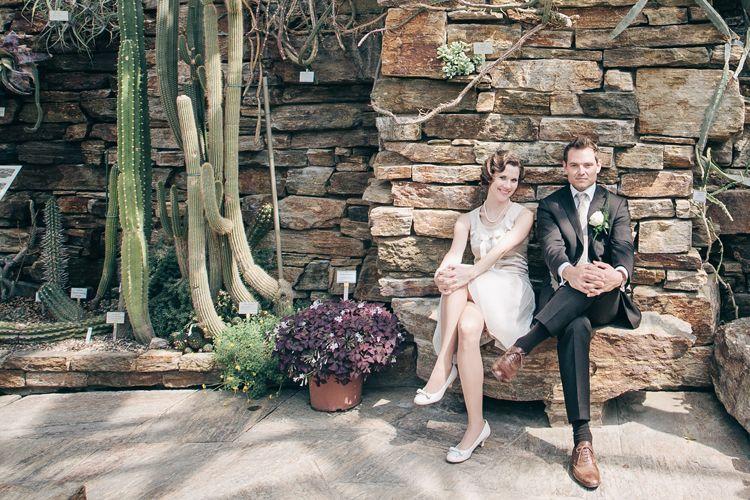 botanic garden wedding with 20s charm! pic by troistudios-photography.com