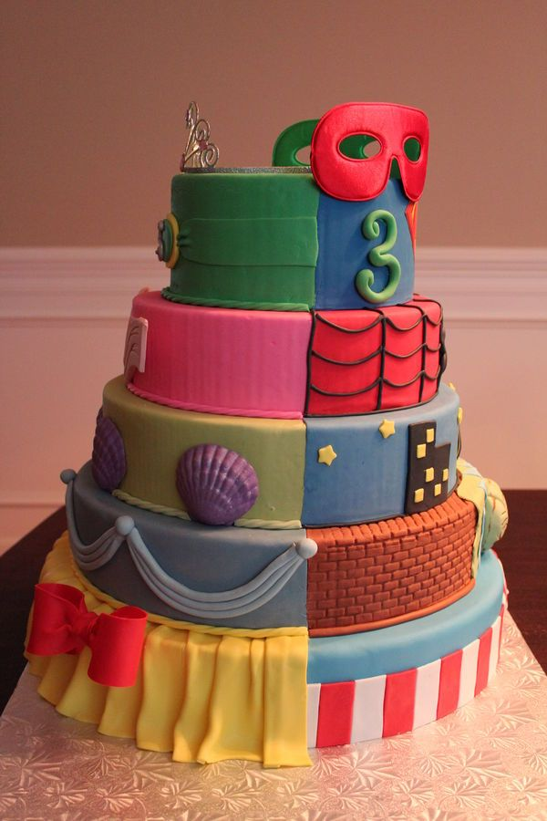 Super HeroesPrincess Birthday Cake This would work great for my
