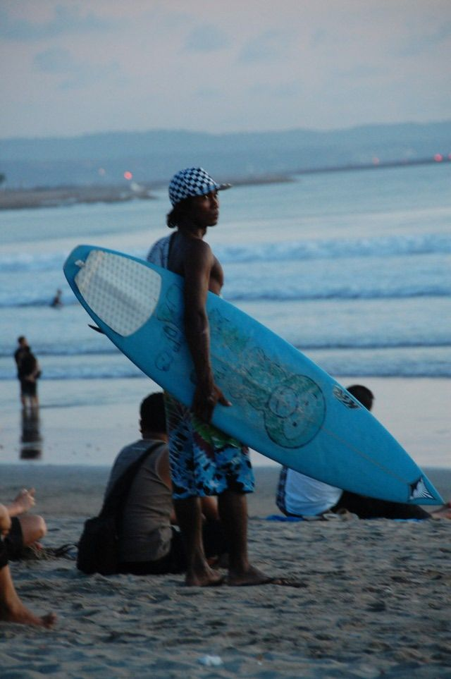 Backpacker on a shoestring budget or honeymooner, there are plenty of things to do in Bali to keep everyone happy. Here is what to do and see.