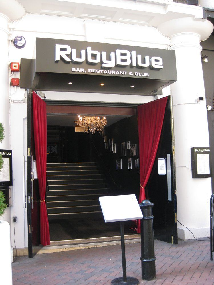Ruby blue leicester square pictures decor