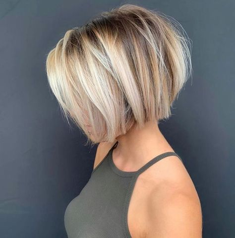 35 Irresistible Short & Long Pixie Cuts   StylesRa