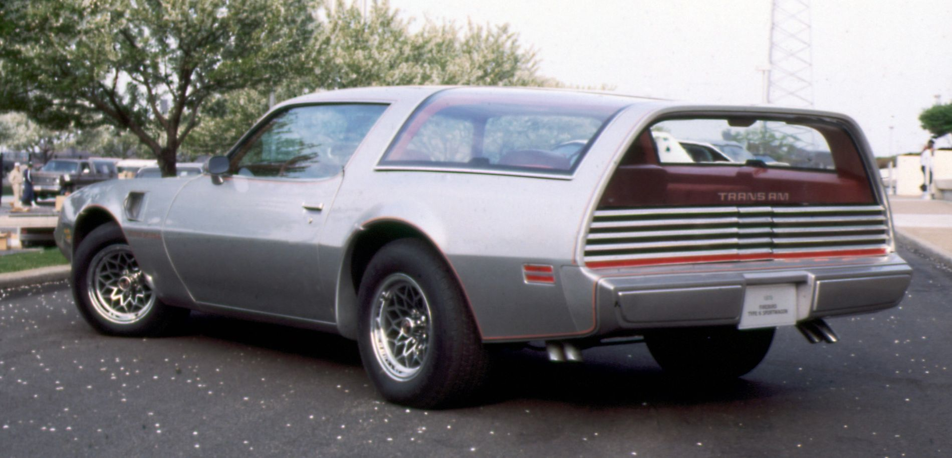 Breadvan \'Bird: Remembering Pontiac\'s Firebird   Pinterest   Pontiac ...
