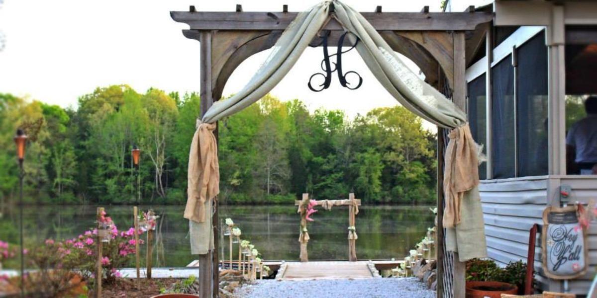 0797b17c795 The Carolyn Baldwin Lake Pavilion Weddings