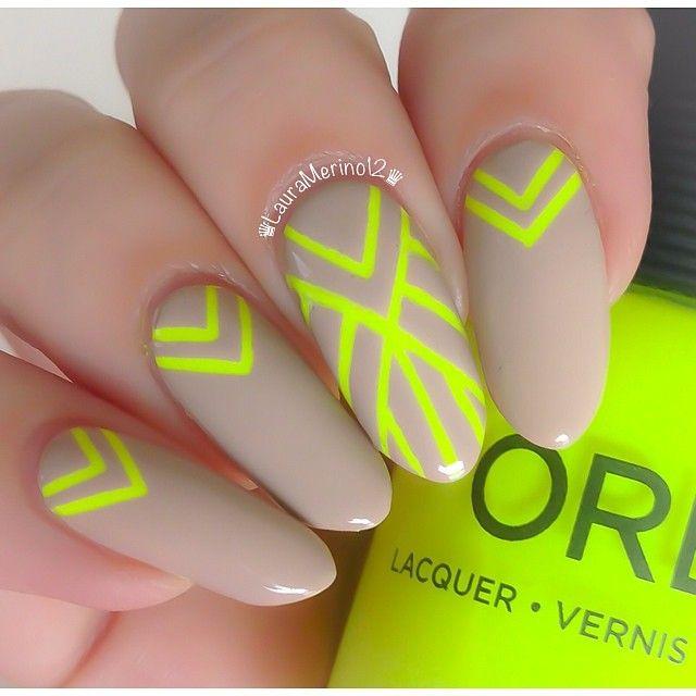 nude neon yellow Gatsby nails | Claws | Pinterest | Nail nail ...