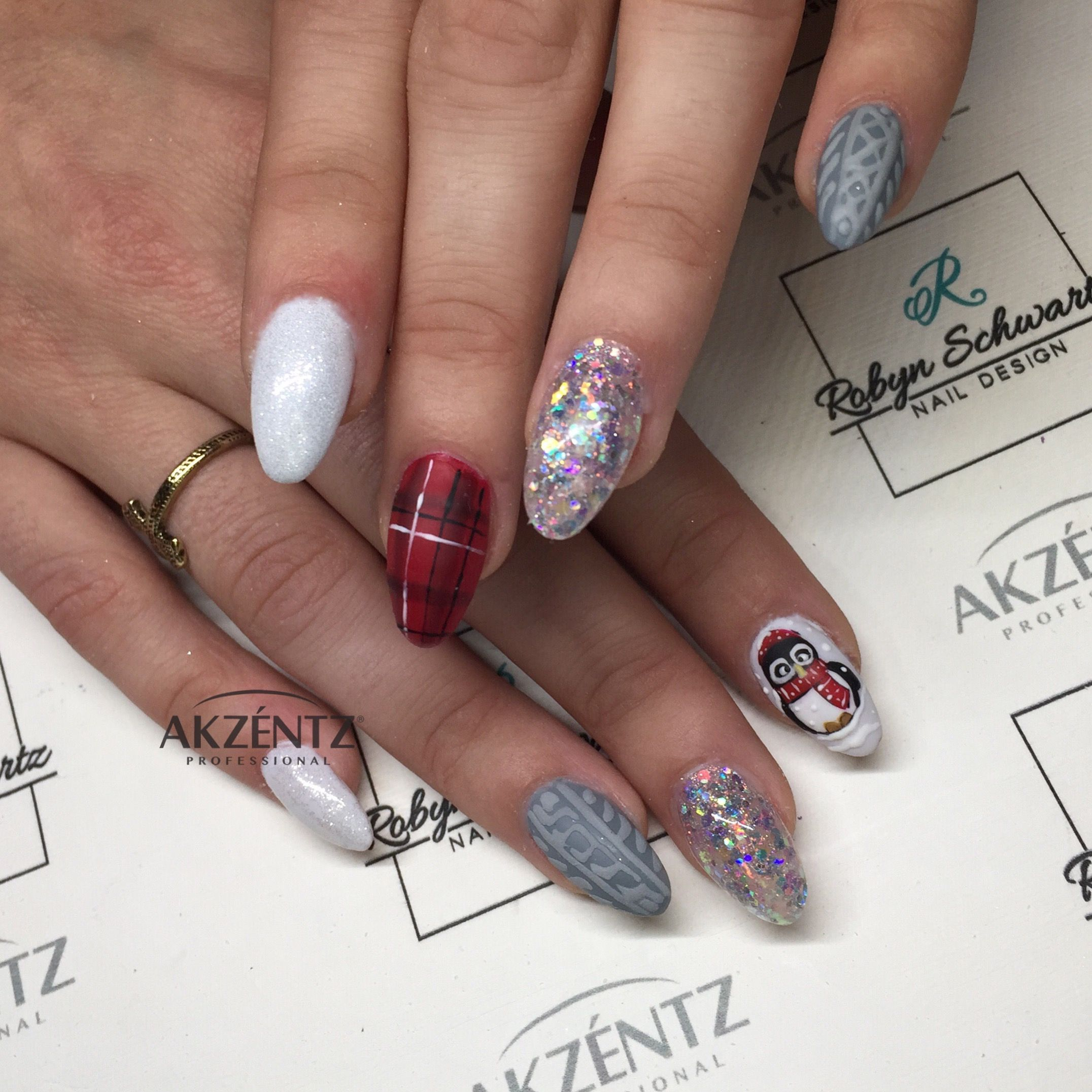 Sweaters, plaid and penguins Oval gel nails | Winter and fall nails ...