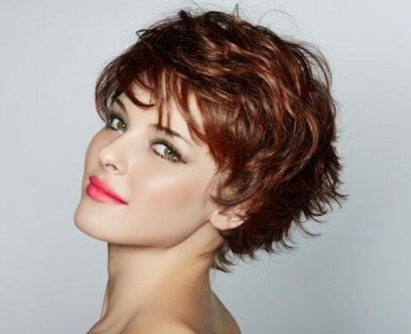 trendy short hairstyles curly