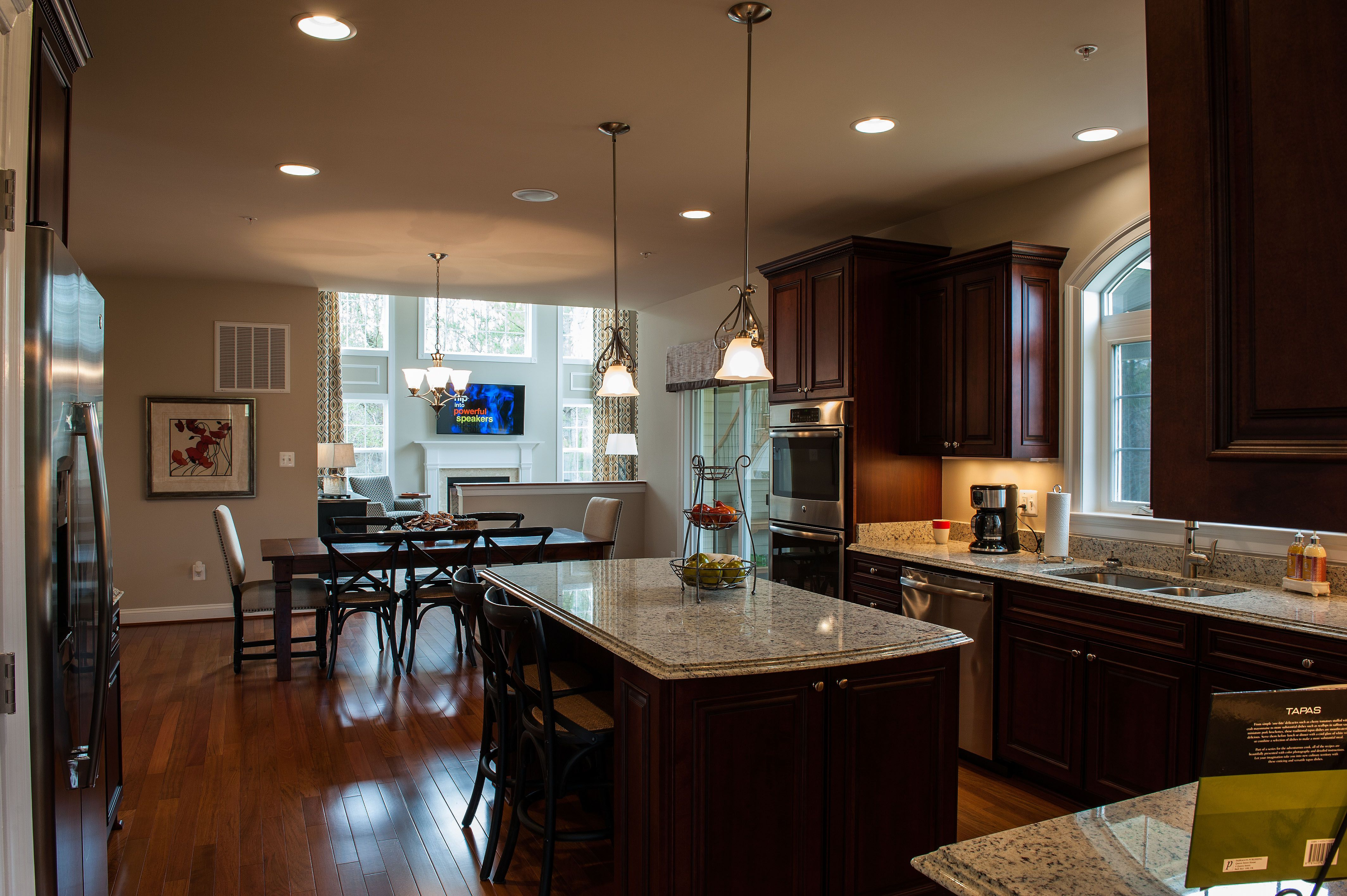 Coachman S Path Kitchen Http Www Qbhi Com Maryland Waldorf Coachmans Path Overview Home New Homes Kitchen