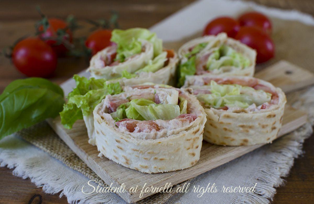 Finger Food Aperitivo Estivo girelle di piadina fredde con tonno e pomodori