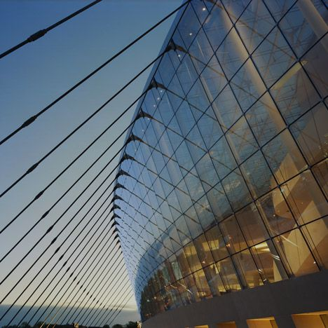 Kauffman Center By Safdie Architects With Images Moshe Safdie Design Destinations Glass Building