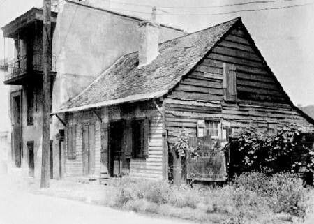 Cajun cottage 2400 block of chartres st 1930 new for Cajun cottages