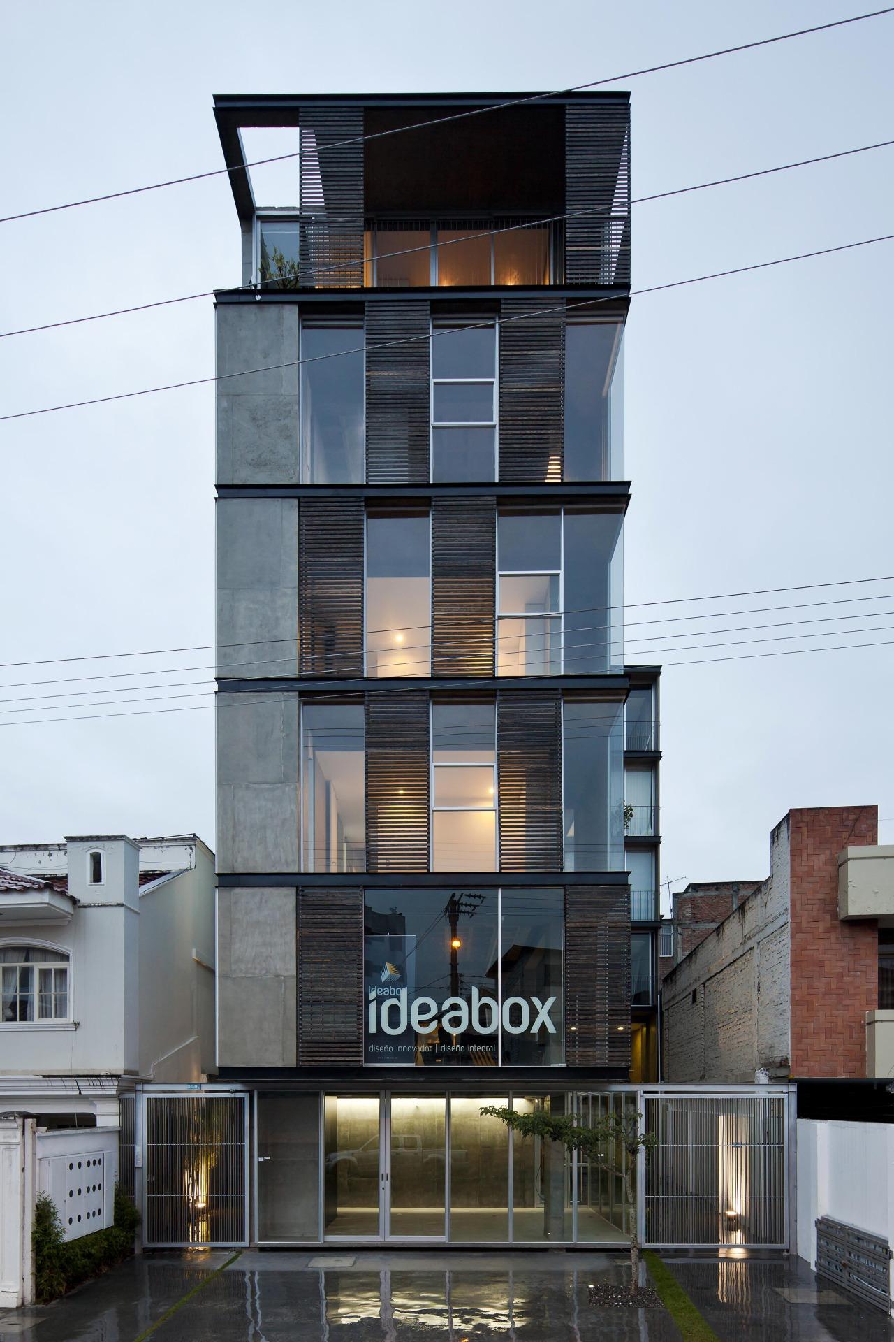 Moderne wohnarchitektur edificio    espinoza carvajal arquitectos