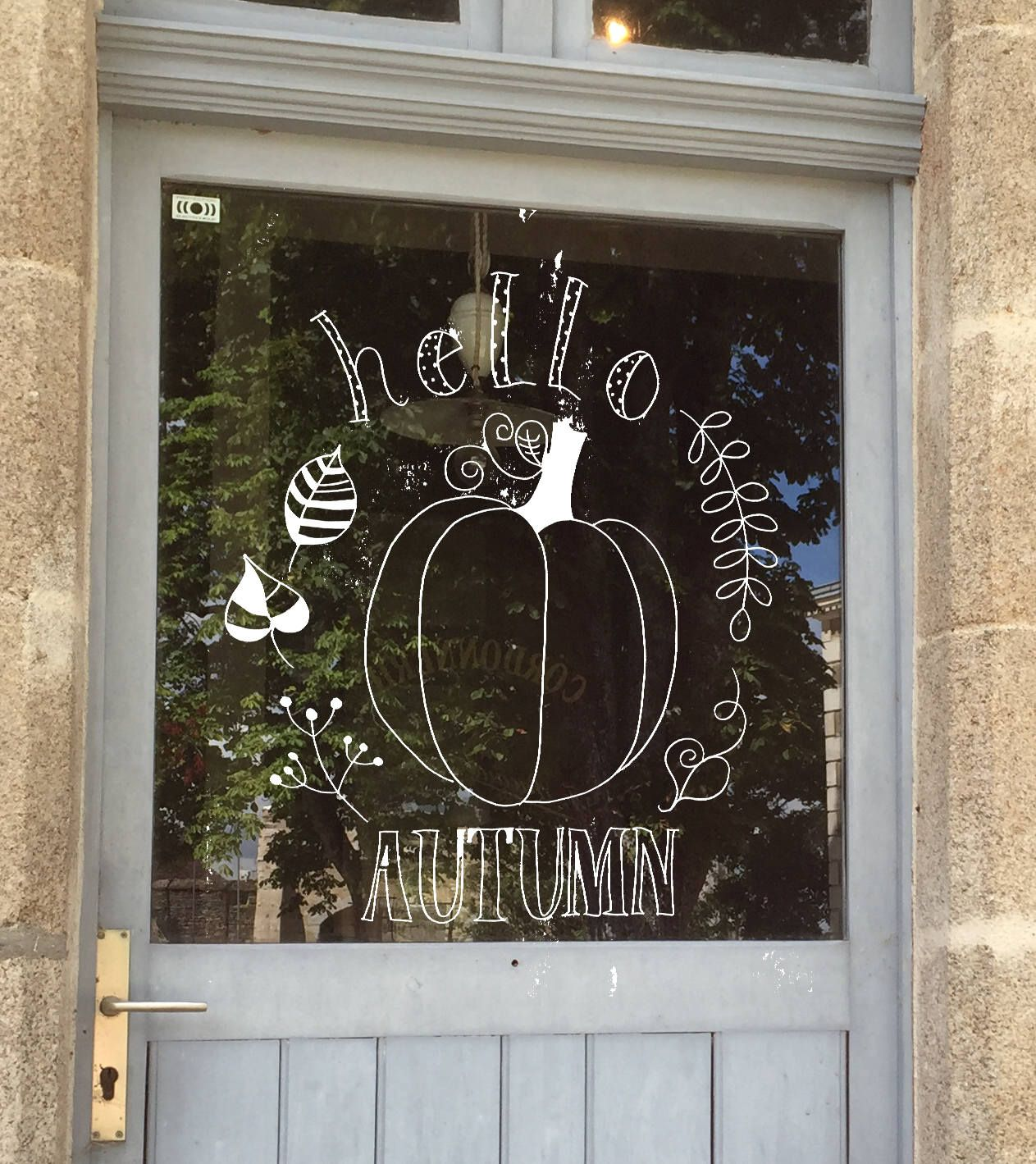 Hello autumn, Autumn quote, Autumn DIY frame, Autumn printable, Autumn window decoration, Autumn chalk drawing