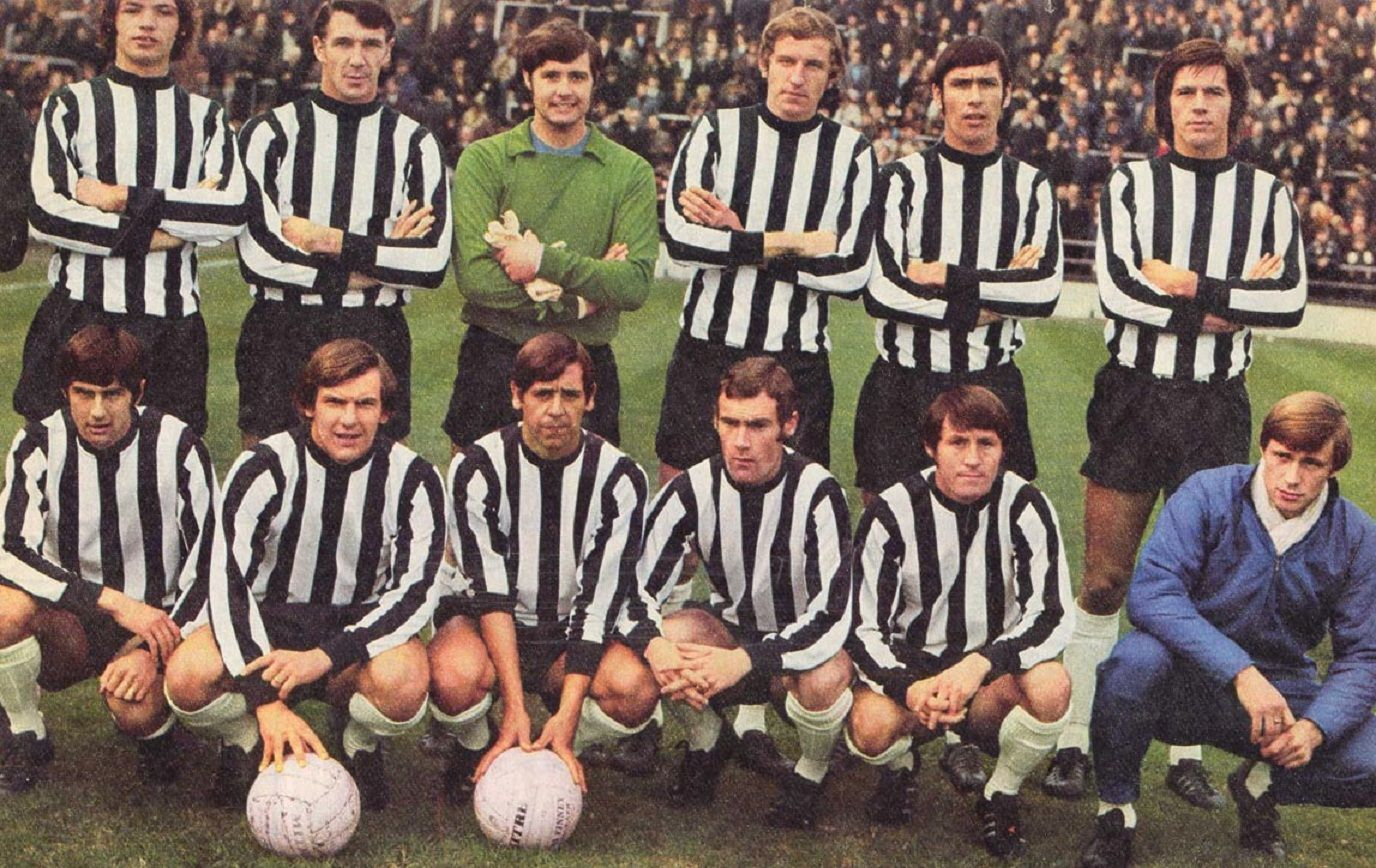 Notts County FC 1970/71   De pie de Izq a Der. Needham, Barker, Watling, Stubbs, Hateley, Worthington.  Agachados de Izq. a Der:Nixon, Brindley, Masson, Jones, Crickmore, Bradd