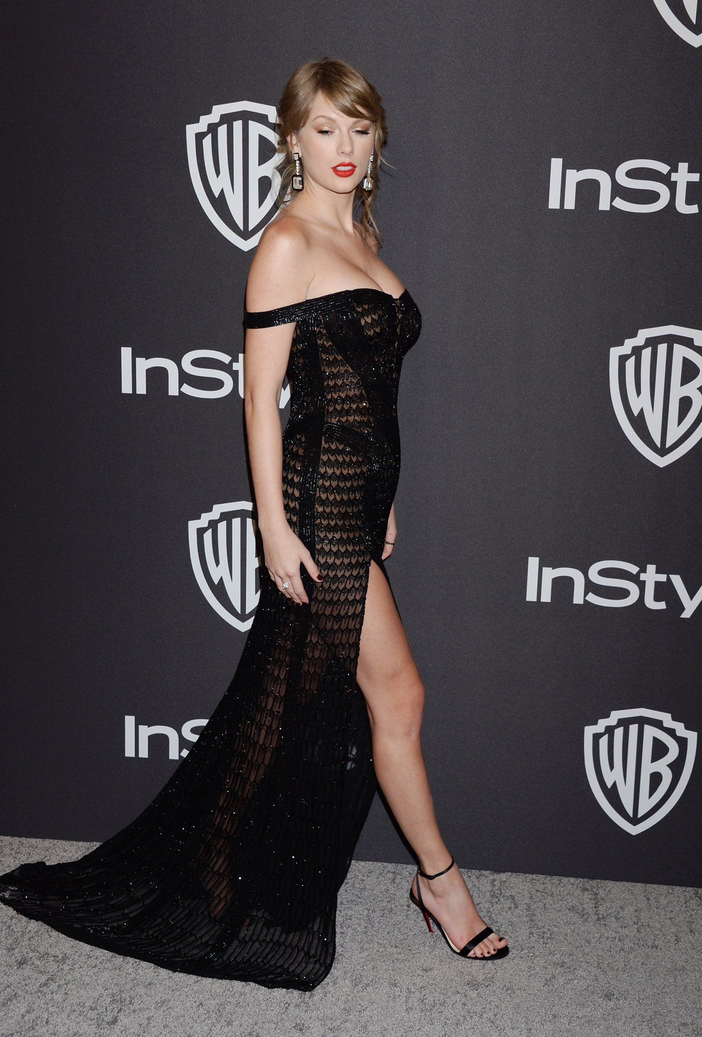 TweetDeck   Taylor swift dress, Taylor swift style, Taylor ...
