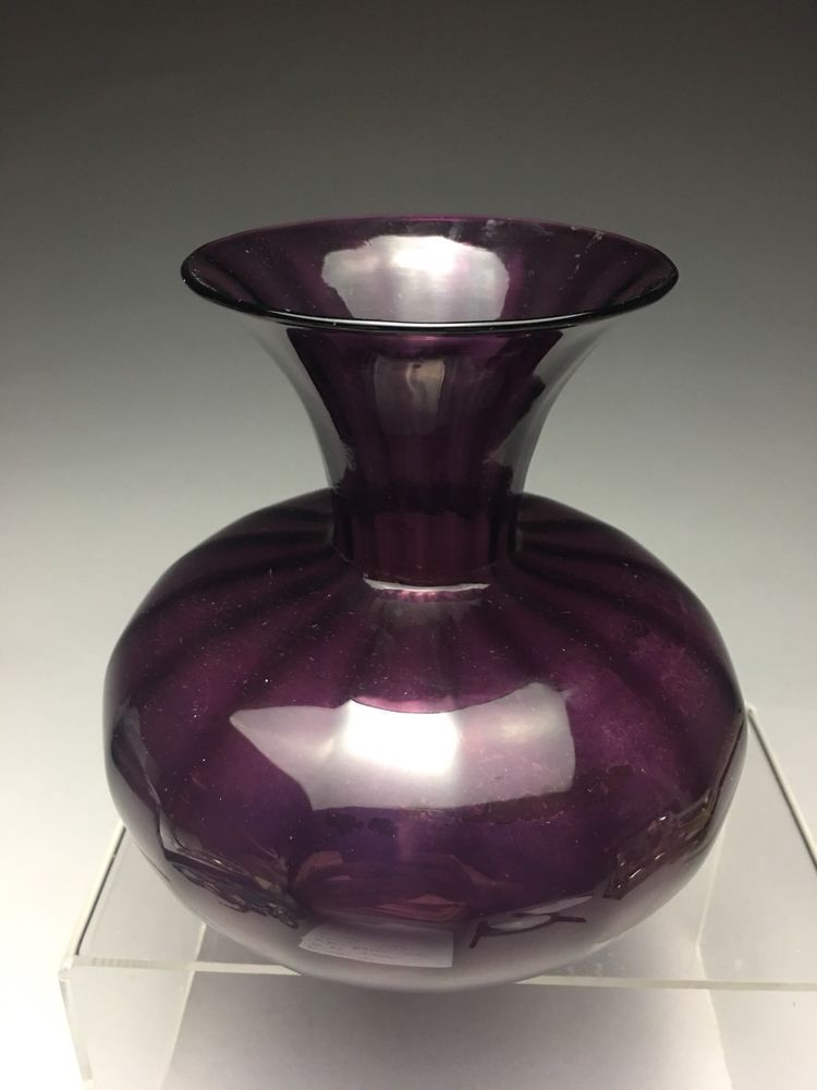 Fine Signed Durand Art Glass Ribbed Amethyst Vase Antique Art