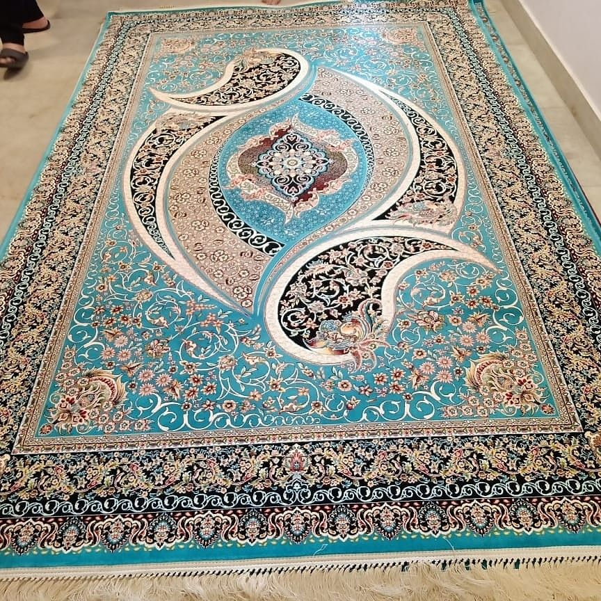 This is traditional carpet which is high quality machinemade . It contains traditional design pattern.#traditionalrug #machinemaderugs #traditionalhome #fashion #interiordecorating #lovedesign #happycustomer #persiancarpet #carpet #rug #homedecor #persianrug #persian #persianrugs #rugs #persianart #isfahan #silkcarpet #interiordesign #iraniancarpet #design #carpets #silk #persiancarpets #handmade #iran #tabrizcarpet #tabriz #kilim #modern #antiquerug #vintage #art #iranroundtrips #handmaderugsht