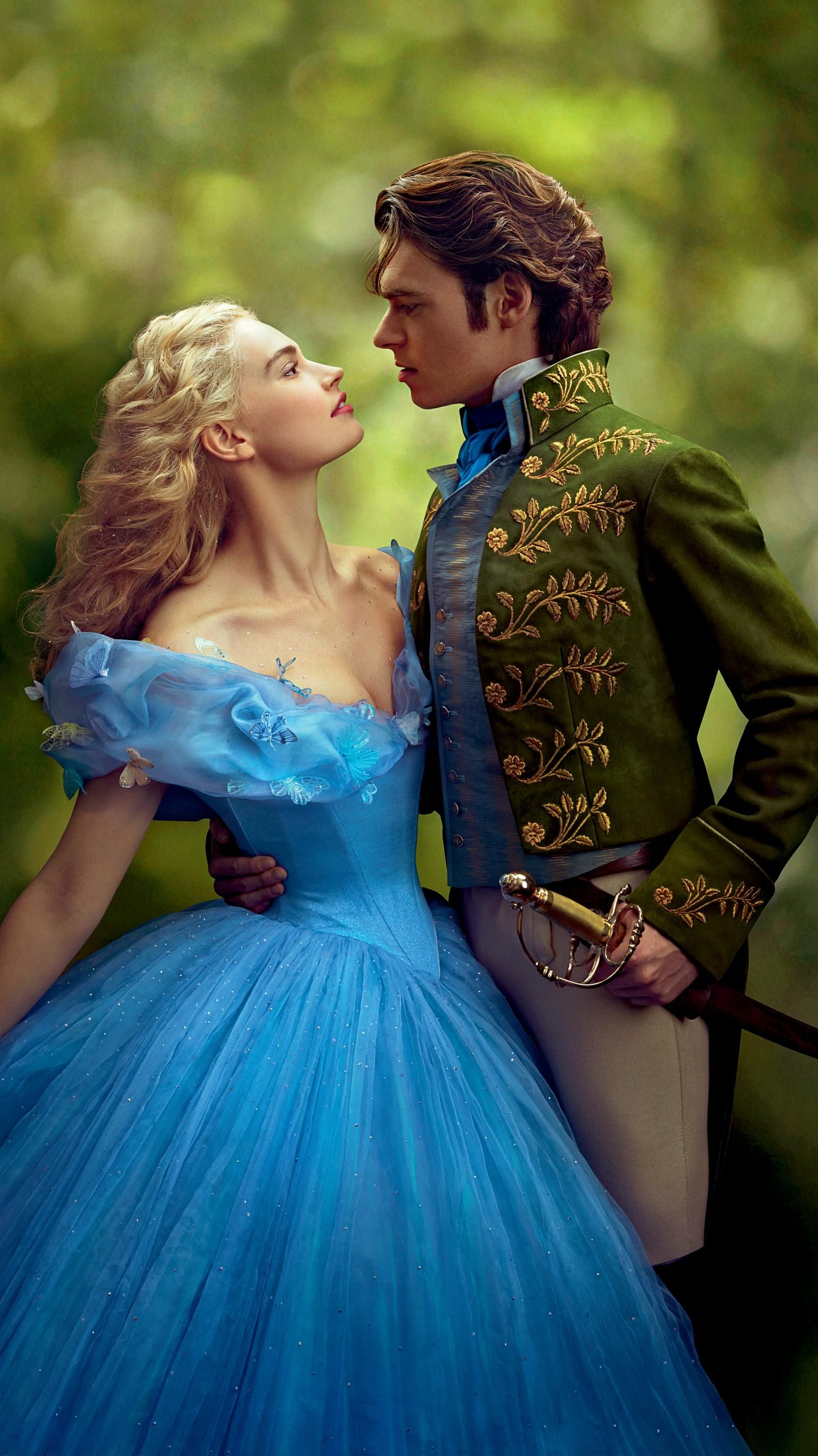 Cinderella 2015 Phone Wallpaper Moviemania In 2020 Cinderella Movie Cinderella Cinderella 2015