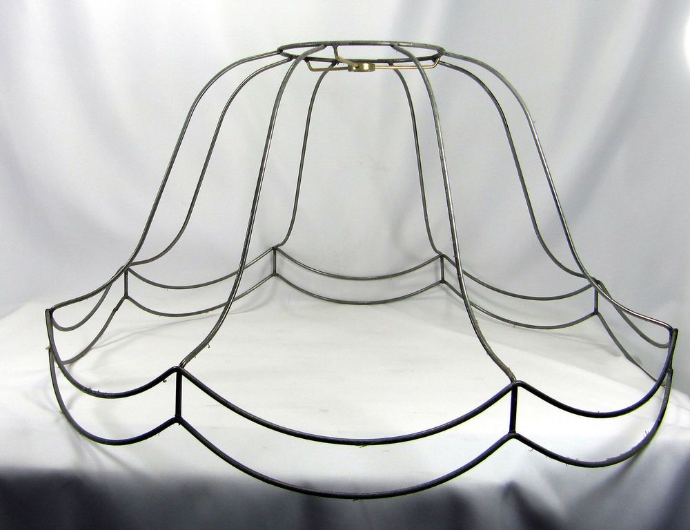 Scalloped bell shaped lampshade frame 4500 roxys room scalloped bell shaped lampshade frame 4500 greentooth Image collections