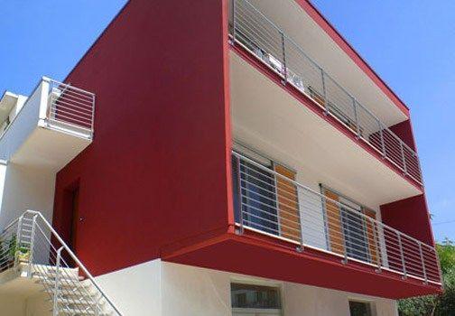 Laura vellucci ci ha inviato un esempio di architettura for Architettura moderna case